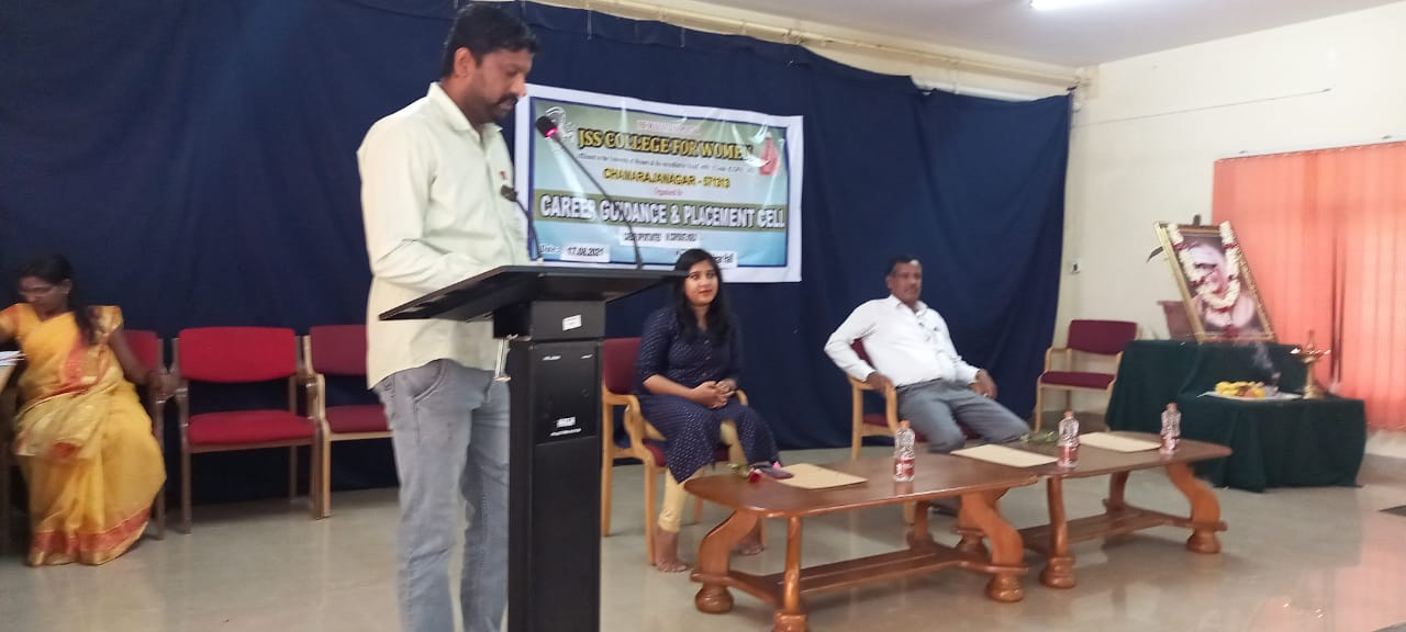 Career guidance and placement cell organized Seminar on Carrier opportunities in the corporate world on 17/08/2021